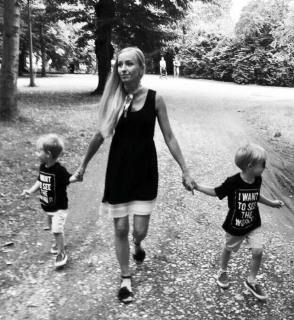modern mom blog. Food Fitness Fashion Family Places